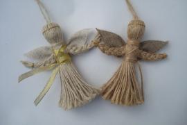 Ангелочек-оберег и подарок. Кукла-мотанка на подвеске