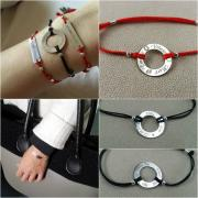 Bracelets in red and black silk