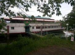 Ресторан на воде Уютное место в Гидропарке