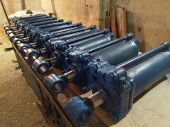 Sell hydraulic cylinders CA-125х250. There are flanges for presses